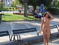 girl nude in public 8