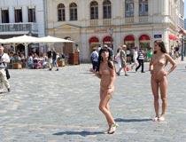 heiße rachel nackt draussen 3